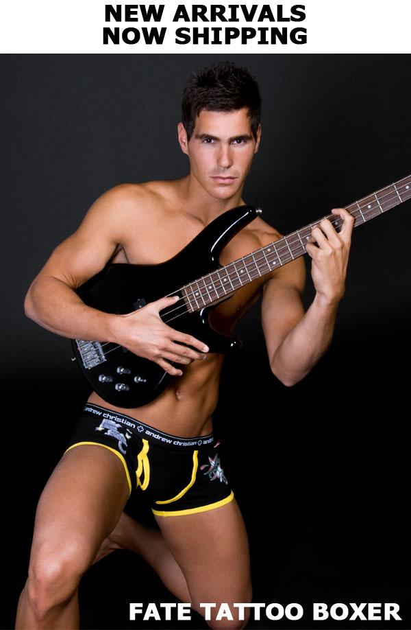 customer-6-4-09-guitar9089